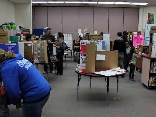 Student science projects in room