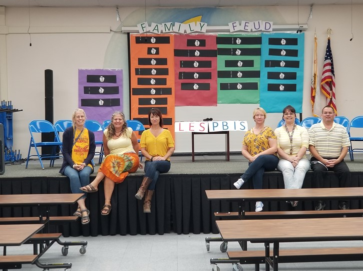 LES Staff at PBIS Family Feud