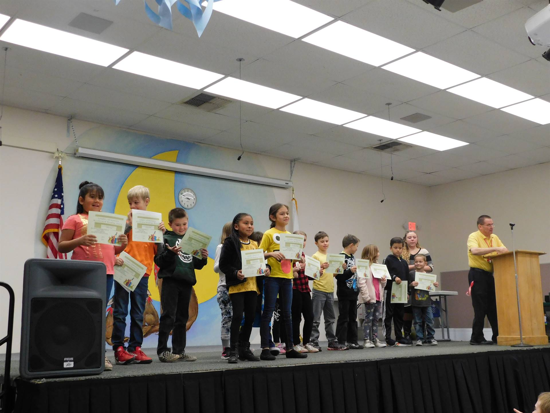Student's from Mrs. Pfarr's 2nd grade class receive awards